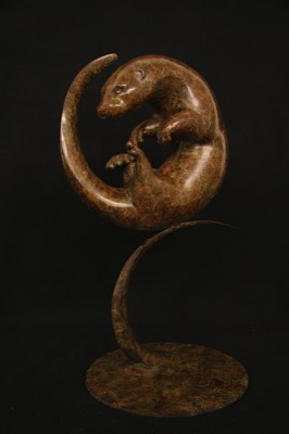 Sculpture and Sculptors Artist Adam BINDER - Circling Otter