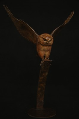 Sculpture and Sculptors Artist Adam BINDER - Flying Owl 10/12