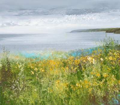 Amanda HOSKIN - Daffodils Watch over the Bay, near Fowey