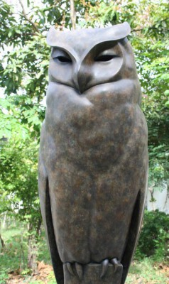 Sculpture and Sculptors Artist Carl LONGWORTH - Long Eared Owl (Monumental)