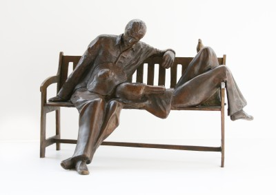 Sculpture and Sculptors Artist Stanley DOVE - Lovers on Bench II