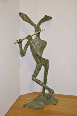 Sculpture and Sculptors Artist Stanley DOVE - Pied Piper (Edition 4/8)